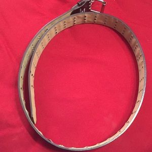 Accessories - Brand new multi- holes belt